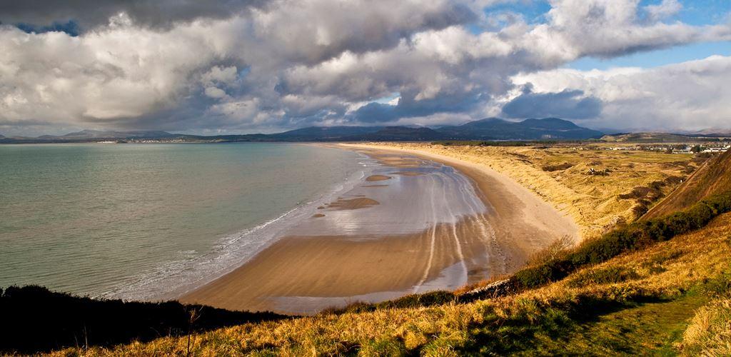 Beach and dunes at Morfa Harlech