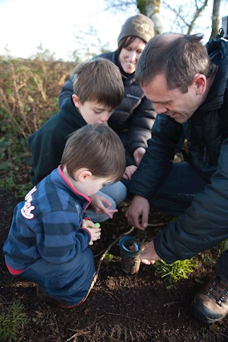 Children learning about Geocaching