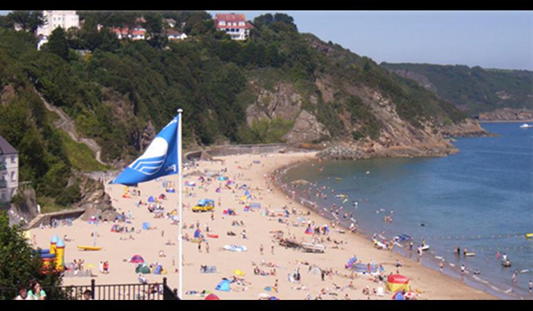 A blue flag beach