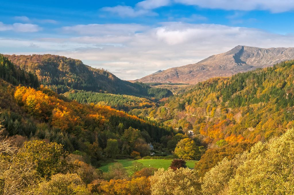 Moel Siabod and Lledr Valley © Visit Wales 2013 / Moel Siabod and Lledr Valley © Visit Wales 2013