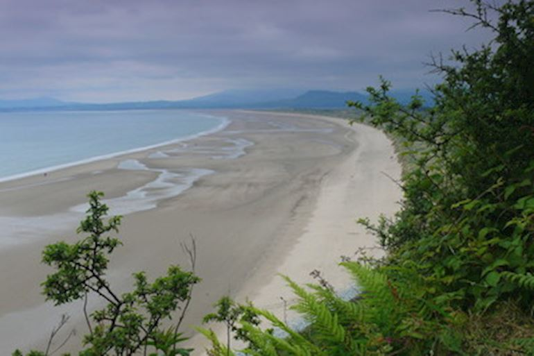 View of Morfa Harlech beach
