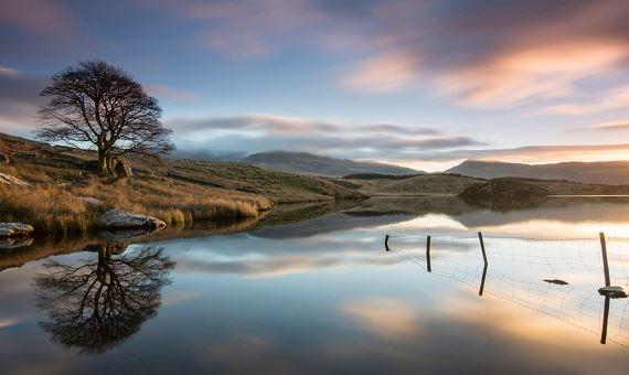 Llyn y dywarchen Snowdonia - photo taken by Rhys Huges