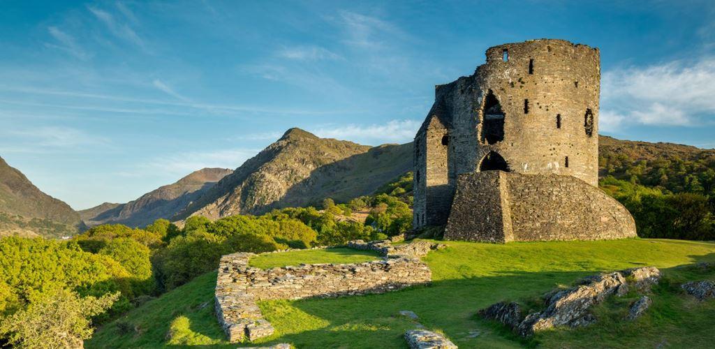 Castell Dolbadarn, Llanberis, Eryri